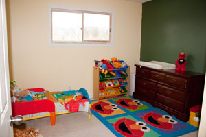 tidy toddler bedroom
